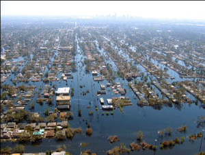2005 - Hurricane Katrina makes landfall near Grand Isle, LA