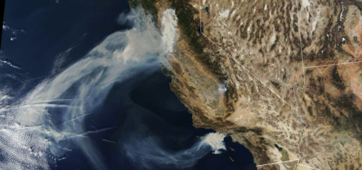 Smoke from Camp, Hill, and Woolsey fires in California in Nov 2018. Credit: NASA